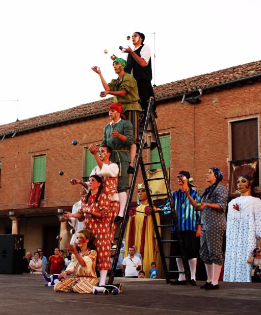 Teatro La Hormiga Ganarás el pan con el sudor del de enfrente